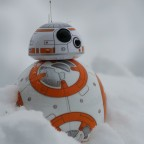 BB-8 is freezing